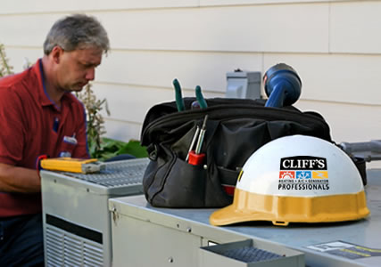 Cliff's Technician Ready to Help You